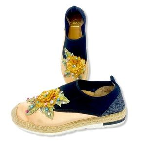 Kanna Espadrille Flats Slip On Embroidered Size 40